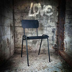 Vintage stoelen beschikbaar!
